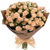 Букет из нежных кустовых роз
