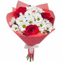 Мини -букет  с розами.