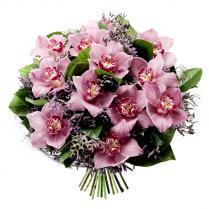 Букет из розовой орхидеи.