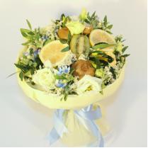 Лимонно-цветочный букет