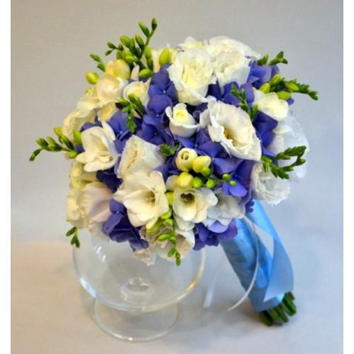 Синяя гортензия букет невесты