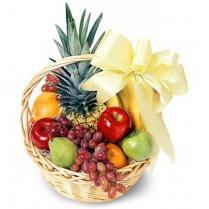 Корзина подарочная  со свежими фруктами