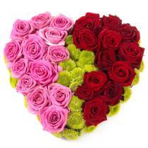 """Композиция """"Сердце"""" из красных и розовых роз"""
