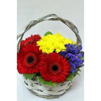 Красные герберы и желтые хризантемы
