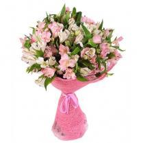 Букет бело-розовый из альстромерий.