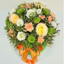 Коробка с разными цветами